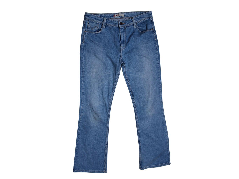 a8445441f59 Джинсы клеш голубые женские BOOTCUT LEVIS 629