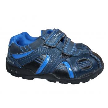 Детские кожаные ботиночки СLARKS
