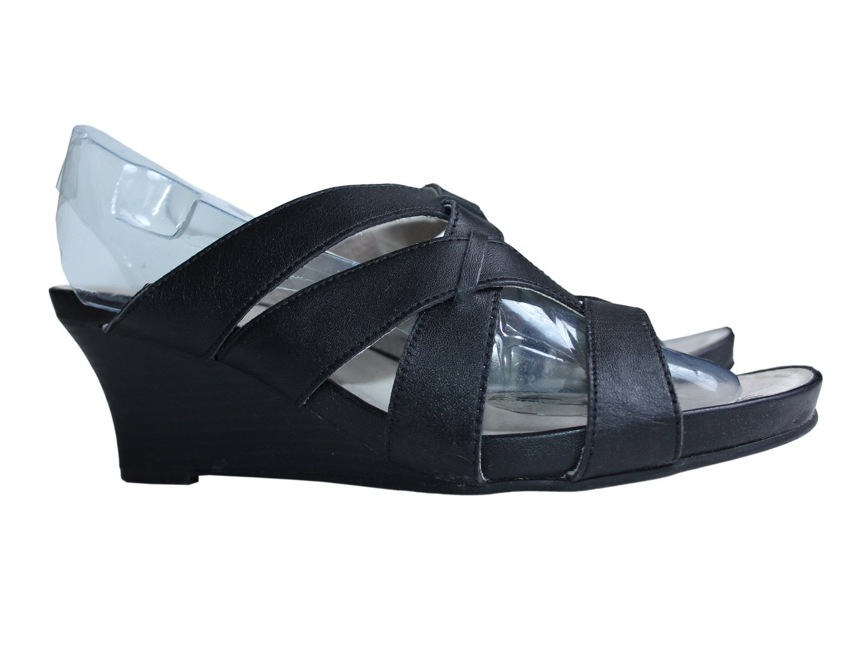 Женские кожаные босоножки GLUV 39 размер