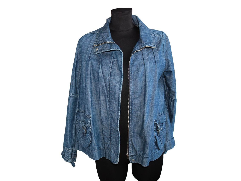Для девочки джинсовая курточка ZARA, XS