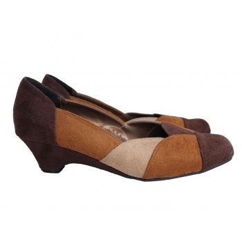 Женские коричневые туфли 39 размер