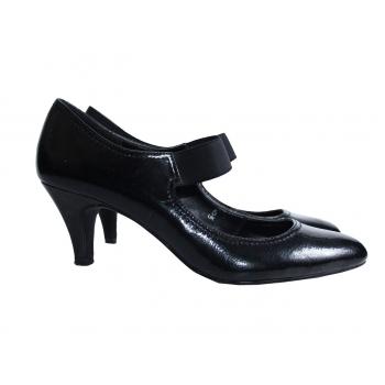 Женские лаковые туфли MARKS & SPENCER 38 размер