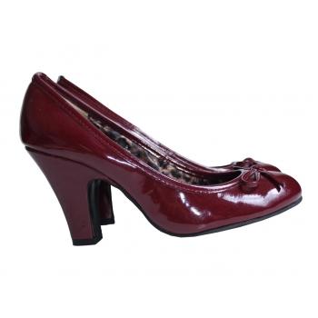 Женские бордовые туфли PEACOCKS 38 размер