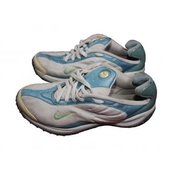 Женские дешевые кроссовки NIKE 37 размер